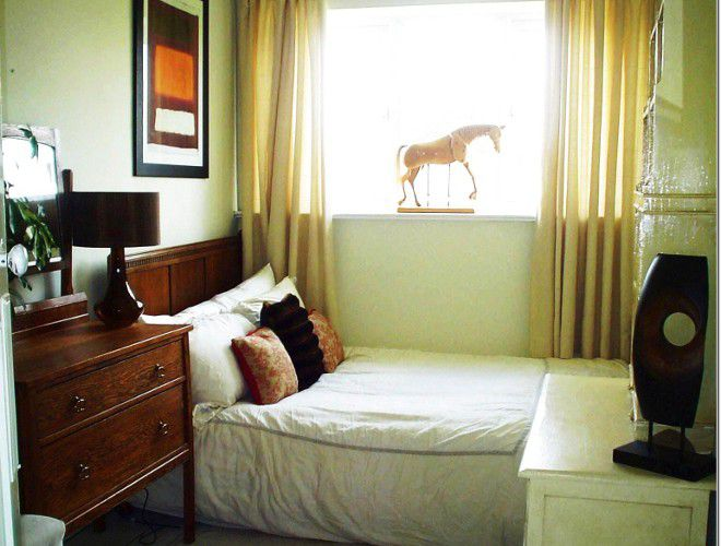 Arredare Camera Da Letto Stretta : Interno della camera da letto nella galleria fotografica di