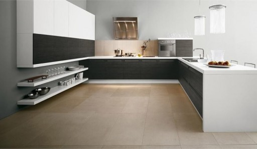 Design della cucina con piastrelle nere cucina in bianco e nero